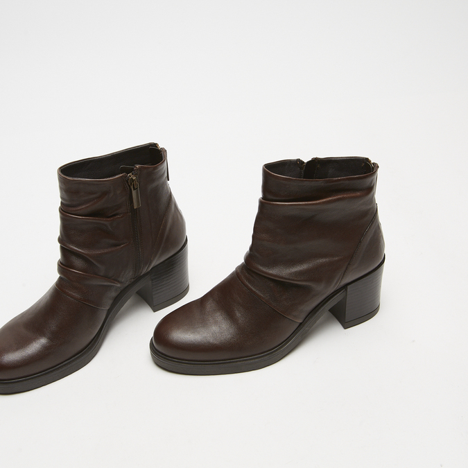 bottines en vrai cuir et à effet ondulé bata, Brun, 794-4753 - 16